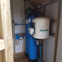 PH correction unit with UV disinfection light and 60ltr pressure vessel and sub starter